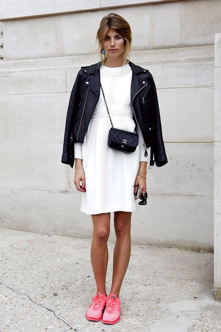 Outfit_with_sneakers-fashion