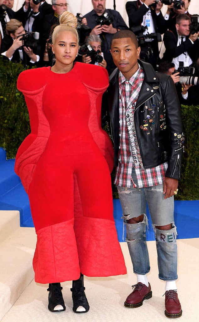 rs_634x1024-170501152258-634.Pharrell-Williams-Helen-Lasichahn-Met-Gala-New-York.kg.050117